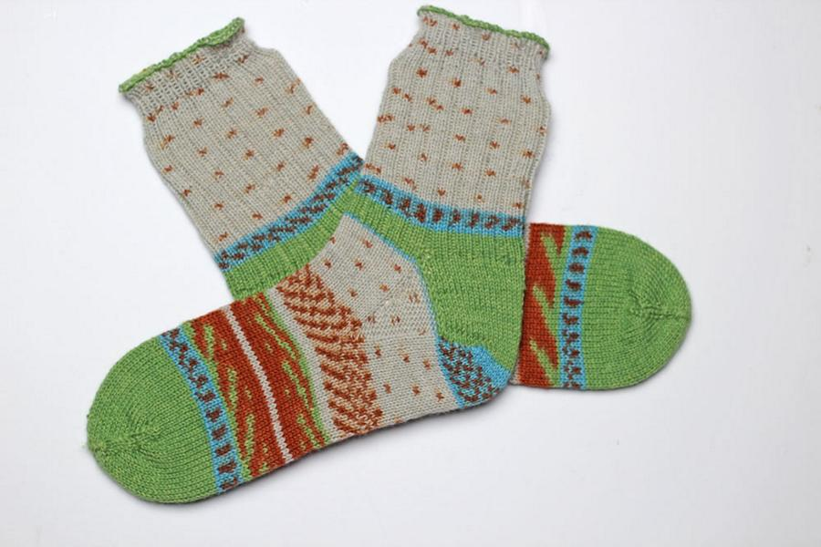 Toe-Up Socks, ARNE & CARLOS REGIA Pairfect, knit by Barbara